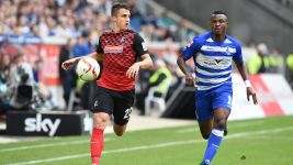 Freiburg stutter to top of table