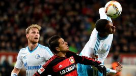 Leverkusen strike late to draw with Schalke