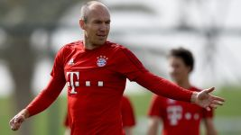 Robben: 'Costa and Coman have come on leaps and bounds'