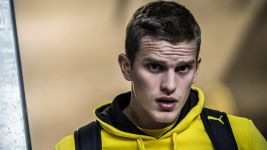 Sven Bender extends contract at Borussia Dortmund