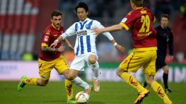 Relegation-threatened Paderborn draw in Karlsruhe