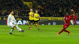Dortmund keeper Bürki finds Der Klassiker perfect stage on which to shine