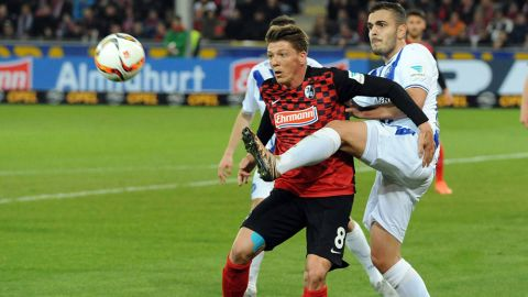 Freiburg go top with win over local rivals Karlsruhe