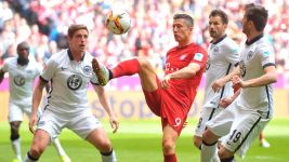 Bayern's Lewandowski demands improvement against Benfica