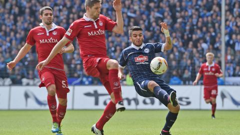 Bielefeld not yet safe after Kaiserslautern loss