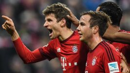 Bayern still on course for treble