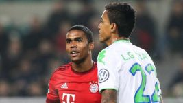 Douglas Costa and Luiz Gustavo make Brazil's Copa America cut