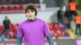 Freiburg sign Turkey defender Caglar Söyüncü