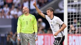 Müller gives Germany pre-Euro 2016 lift