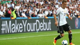Allrounder Kimmich on fire