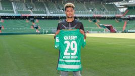 Serge Gnabry signs for Bremen from Arsenal