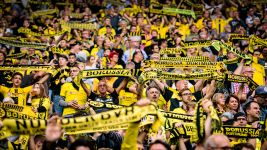 'You'll Never Walk Alone' at Borussia Dortmund