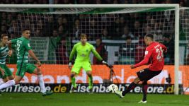 Watch: Bremen 1-2 Frankfurt - Highlights