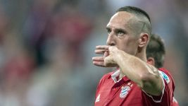 Ribery signs Bayern extension