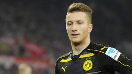 Reus back with a bang