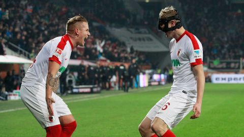 Battling Augsburg down Gladbach