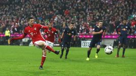 Matchday 16: Bayern 3-0 Leipzig as it happened!