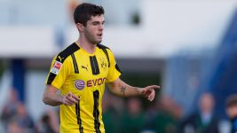 Pulisic and Guerreiro on target as BVB beat Liege