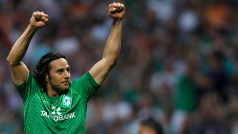 Watch: Pizarro's goals against Bayern and Bremen