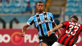 Hamburg sign Brazil international Walace