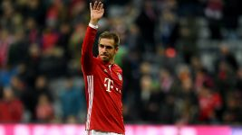 Lahm announces retirement