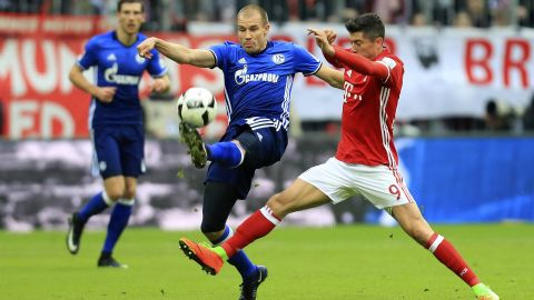 Badstuber paints Munich red and royal blue