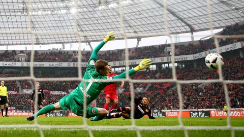 Watch: Leverkusen 3-0 Frankfurt - highlights