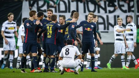 Watch: Gladbach 1-2 Leipzig - highlights