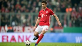 Watch: Xabi Alonso: Bayern's pass master