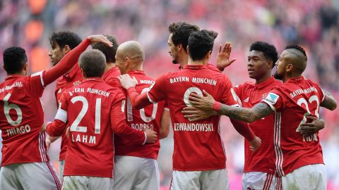 Bayern go ten clear - MD24 as it happened!