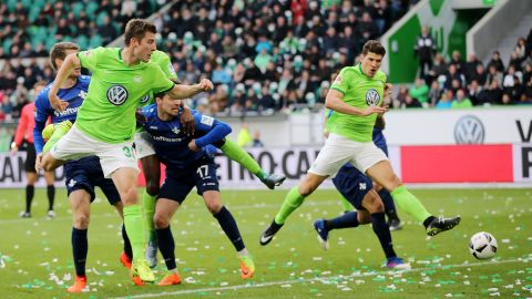 Super Mario does it again for Wolfsburg