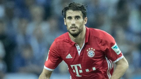 Martinez out for Bayern with fractured collarbone
