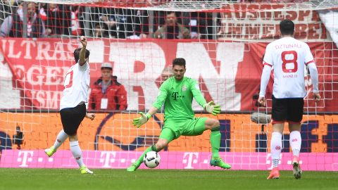 Watch: Bayern 2-2 Mainz - highlights