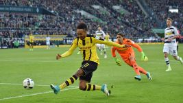 Aubameyang shows supersub instincts