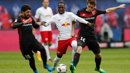 Ingolstadt hold Leipzig to open door for Bayern