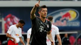 Bayern beat Leipzig in nine-goal thriller