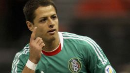 Chicharito breaks Mexico goalscoring record