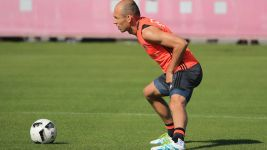 Robben out of Bayern's Asia tour