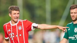 Bayern ease to win in first friendly