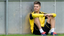 Weigl targets September return