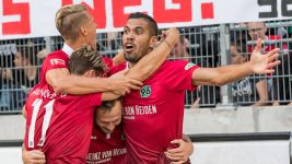 Jonathas strikes as Hannover edge past Schalke