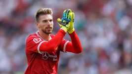 "Zieler: ""Bundesliga more tactical than Prem!"""