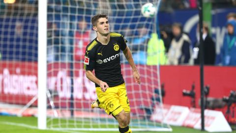Pulisic seals Dortmund win in Hamburg