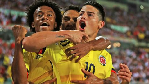James Rodriguez and Colombia reach the World Cup!