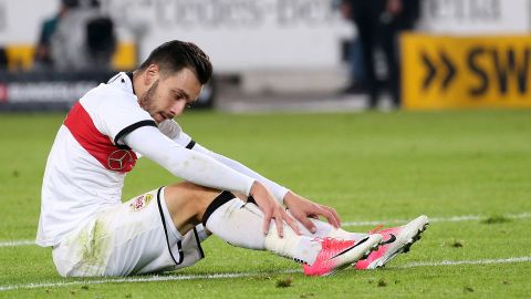 Stuttgart's Donis ruled out for six weeks