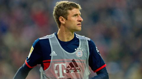 Müller out for three weeks
