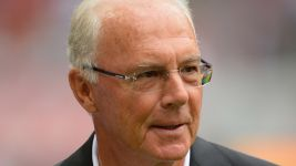 Bundesliga greats congratulate Beckenbauer