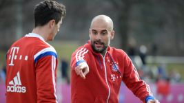 Watch Bayern's return to training LIVE!