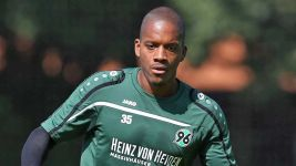 Who is... new Hannover 96 striker Charlison Benschop?