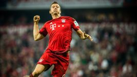 Prolific Lewy joins goalscoring greats